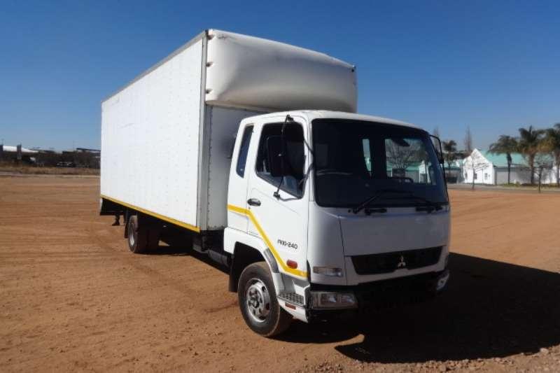Mitsubishi Truck Fuso FK10-240 Volume Body Truck