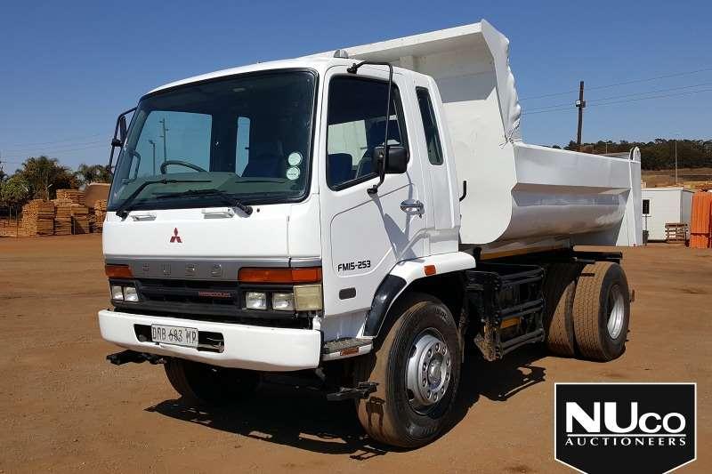 Mitsubishi Truck MITSUBISHI FUSO FM15 253 TIPPER TRUCK