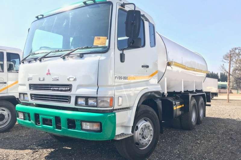 Mitsubishi Truck Water tanker Fuso FV26 350 16000LT Water Tanker 2015