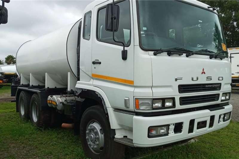 Mitsubishi MITSUBISHI FUSO   16 000 LITRES WATER TANKER Water bowser trucks