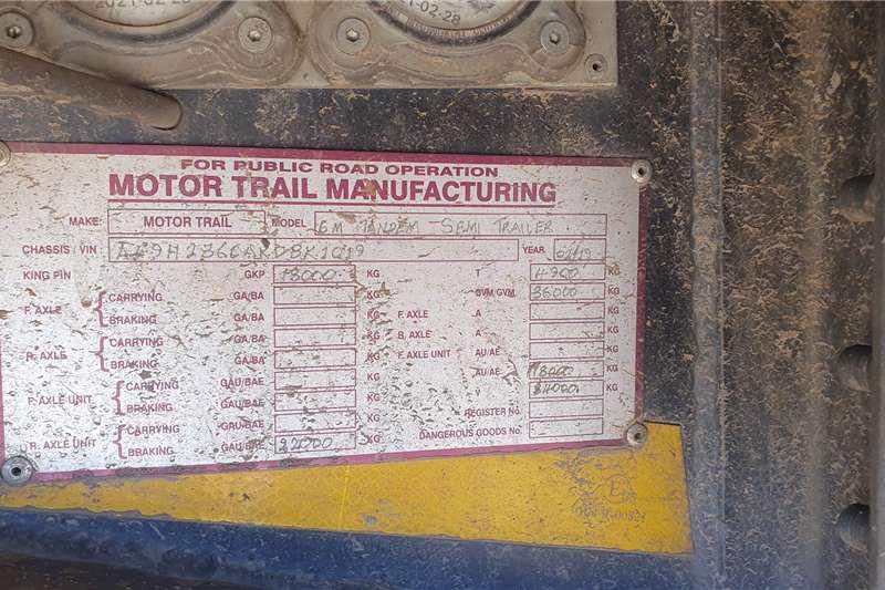 Motor Trail Tautliner Super link Trailers