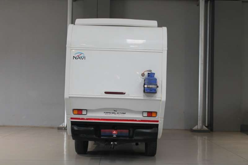TOYOTA HILUX 2.4 SRXGD-6 NAVI Motorhome