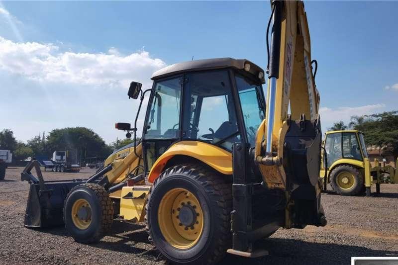 New Holland B90B TLBs