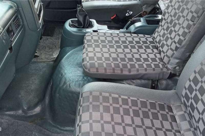 Nissan Nissan UD 80   8 TON VOLUME BODY FOR SALE Box trucks