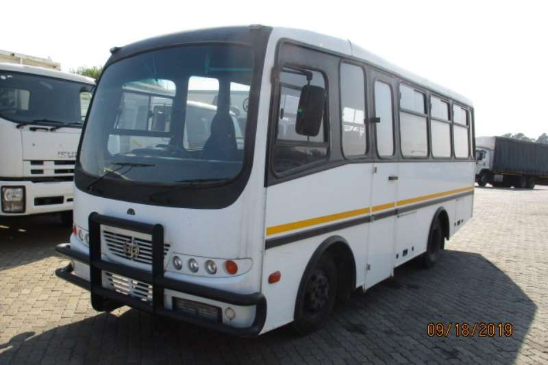 Nissan Buses 22 seater NISSAN UD40 24 SEATER BUS 2014
