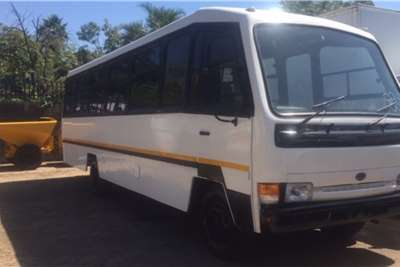 Nissan 32 seater 35 Seater Nissan UD40 Bus Buses
