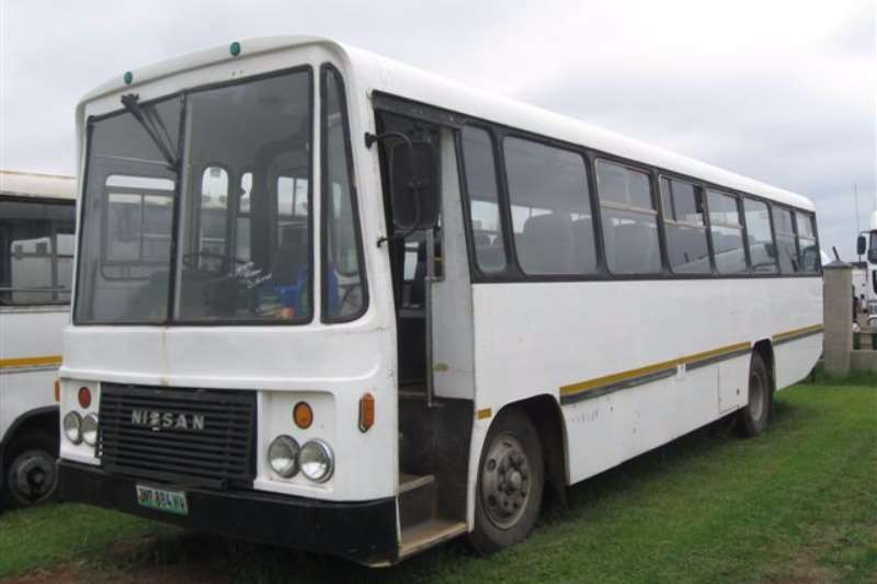 Nissan Buses 60 Seater NISSAN CB 20 1988