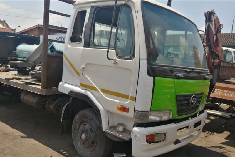 Nissan Chassis cab trucks UD60 2010
