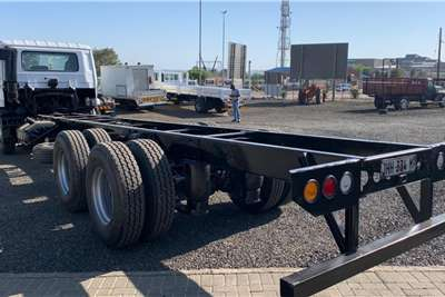 Nissan UD90 fitted with Tag Axle Chassis cab trucks