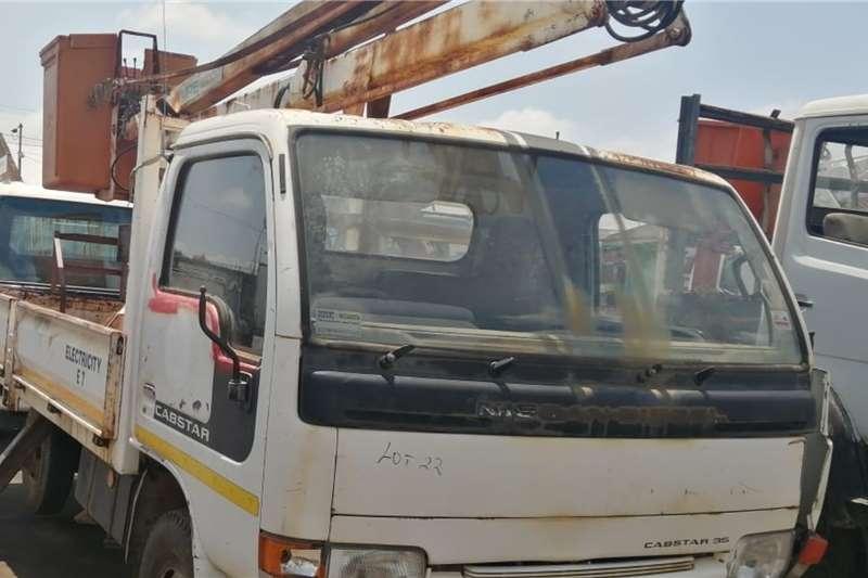 Nissan Cherry picker trucks Cabstar Cherry icker 1999