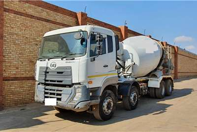 Nissan QUESTER CGE420,8x4,TWINSTEER,WITH 9 CUBE MIXER Concrete mixer trucks