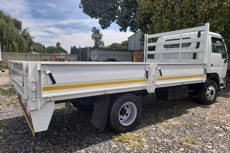Nissan NISSAN UD40 DROPSIDE TRUCK FOR SALE Dropside trucks