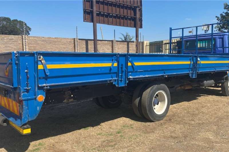 Nissan Nissan UD70 With Dropsides Dropside trucks