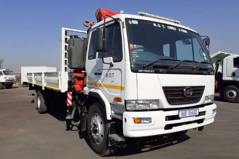Nissan Dropside trucks NISSAN UD80 D DROPSIDE WITH FA81 17TON CRANE 2016