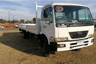 Nissan NISSAN UD90, DROP SIDE Dropside trucks
