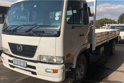 Nissan UD 80 F/C Dropside Dropside trucks