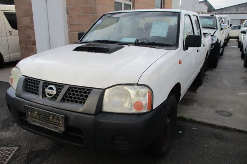 Nissan LDVs & panel vans Nissan 2.5 TDI D/CAB Double Cab 2009