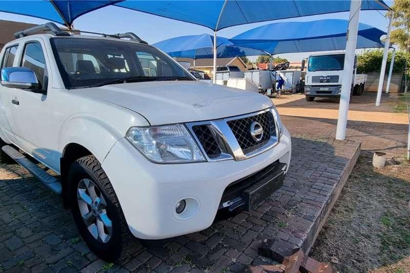 Nissan Nissan Navara LDVs & panel vans