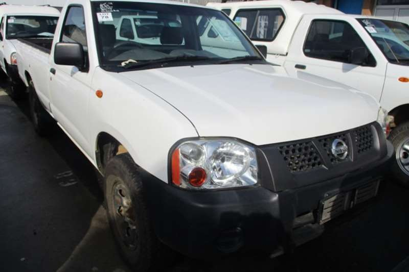 Nissan LDVs & panel vans Nissan NP300 2.0 SE LWB Bakkie 2012