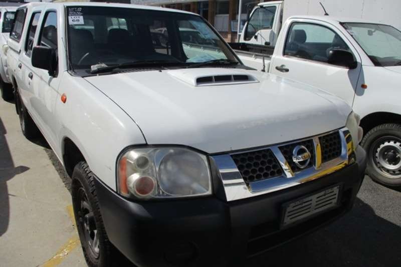 Nissan LDVs & panel vans Nissan NP300 2.5 Tdi Double Cab Bakkie 2011