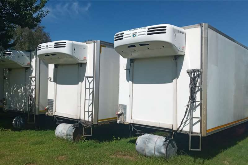 Nissan 8X THERMOKING MD 200  8 TON FRIDGE BODIES FOR SALE Refrigerated trucks