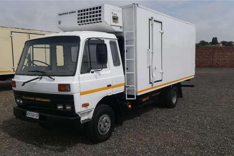 Nissan DIESEL Refrigerated trucks
