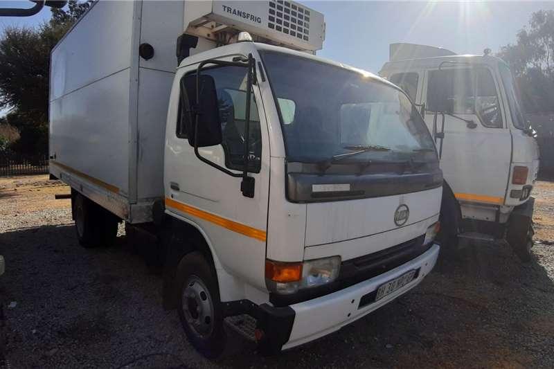 Nissan Nissan UD 40 Fridge Unit Refrigerated trucks