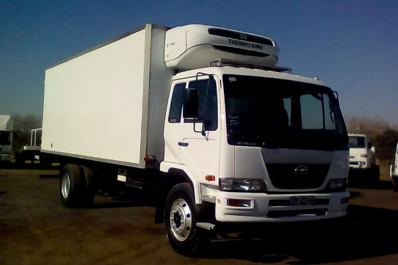 Nissan Refrigerated trucks NISSAN UD 80 8 TON THERMOKING FRIDGE BODY 2012