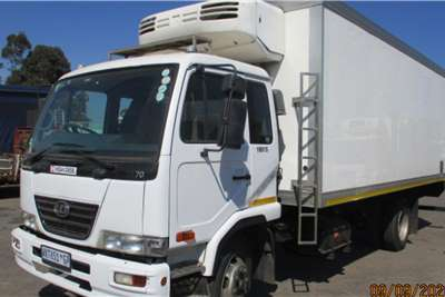 Nissan NISSAN UD70 FRIDGE TRUCK / CAN CUT TO DROPSIDE Refrigerated trucks