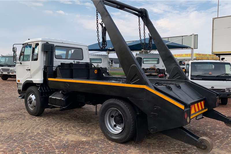 Nissan UD 85 F/C 13 Ton Skip Bin Loader Skip bin loader trucks