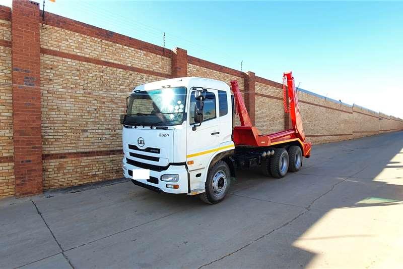 Nissan Skip bin loader trucks UD,CW26 370,6x4,WITH SKIP LOADER EQUIPMENT 2014