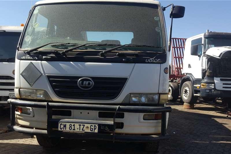 Nissan Skip bin loader trucks UD100 2013