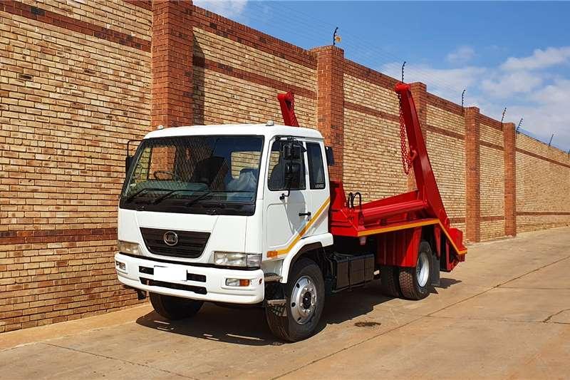Nissan Skip bin loader trucks UD100,4x2 WITH SKIP LOADER BODY 2014