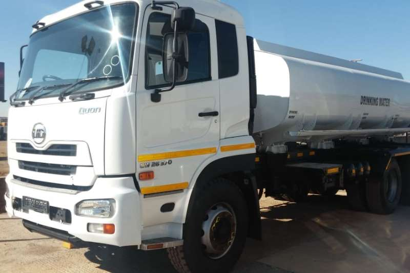 Nissan Tanker trucks Quon CW 26.370 6x4 Rigid 16,000l Drinking Water 2014