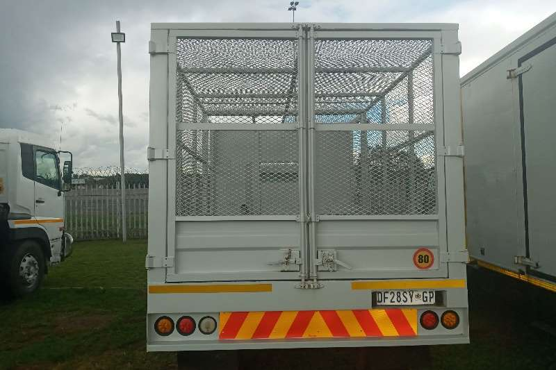 Nissan NISSAN UD 40   CAGED TIPPER FOR RECYCLING FOR SALE Tipper trucks