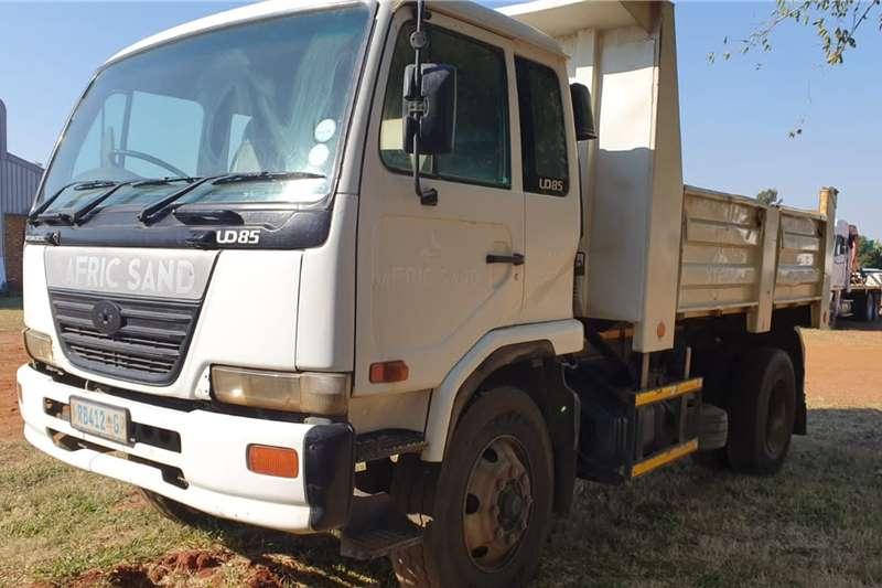 Nissan Tipper trucks NISSAN UD85 6M³ TIPPER TRUCK 2003