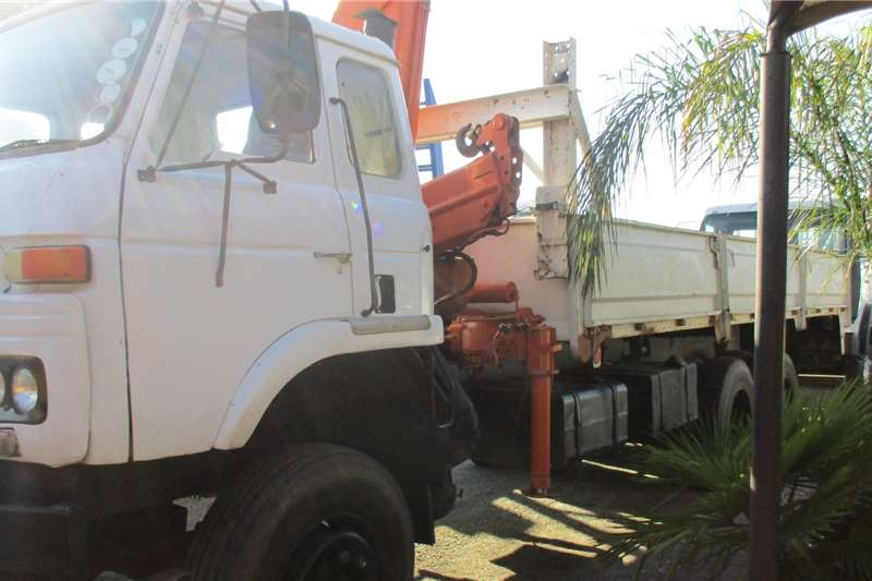 Nissan Truck CK 30 With 12 Ton Crane 1983