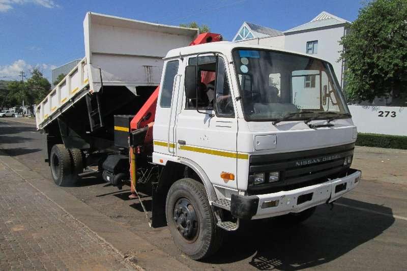 Nissan Truck Crane truck CM12 1995