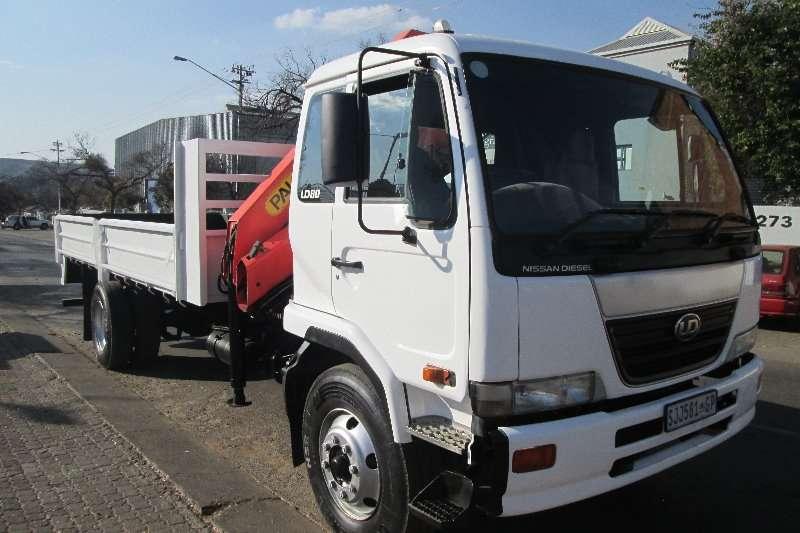Nissan Truck Crane truck UD80 2005