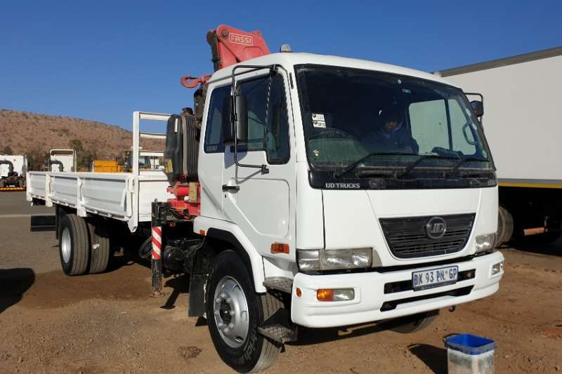 Nissan Truck Crane truck UD80 With Fassi Crane and 6 Meter Singel Axle Trai 2012