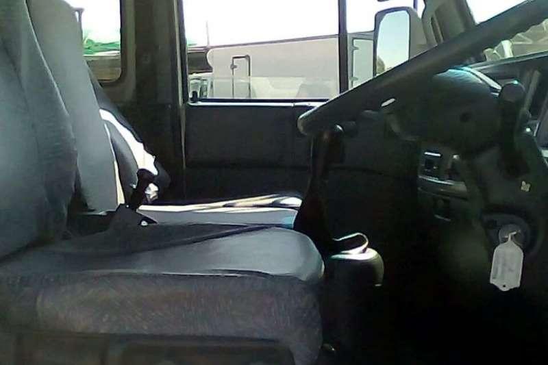 Nissan Curtain side NISSAN UD60 CURTAINSIDE Truck