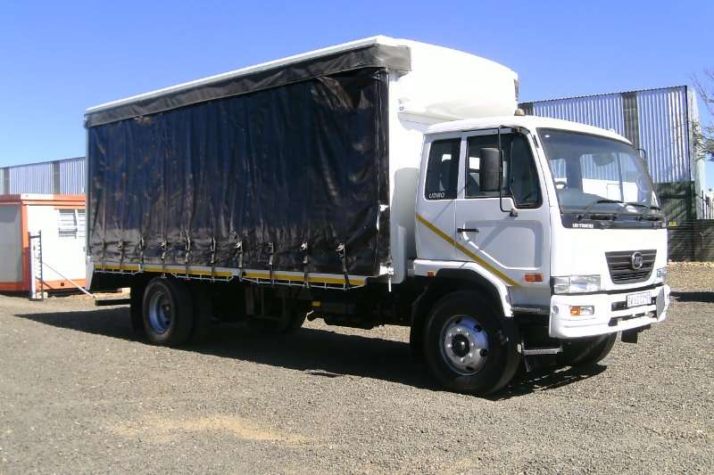 Nissan Truck Curtain Side NISSAN UD80 TAUTLINER WITH DROP SIDES TRUCK 2012