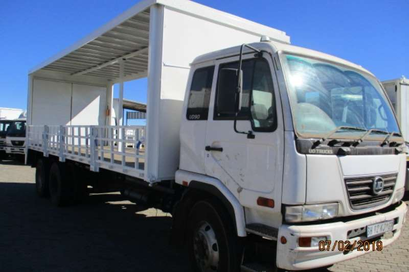 Nissan Curtain side Nissan UD90 6 X 2 TAUTLINER WITH DROPSIDE/ TAILIFT Truck