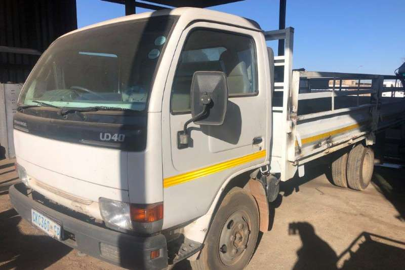 Nissan Truck Dropside Nissan UD40 With Dropsides 2002