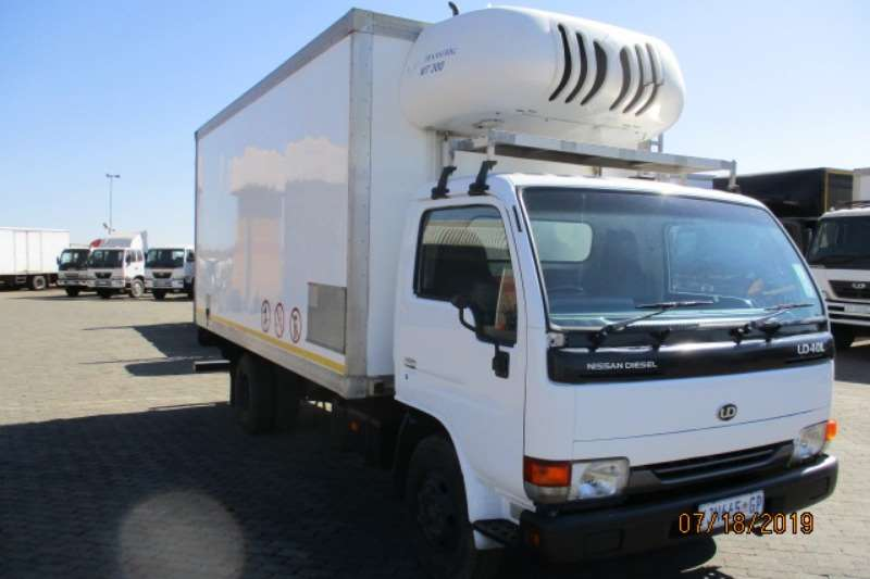 Nissan Truck Fridge truck NISSAN UD40 CABSTAR FRIDGE TRUCK 2009