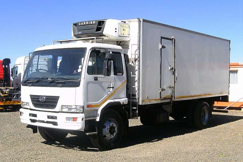 Nissan Truck Fridge truck NISSAN UD80 FRIDGE BODY TRUCK 2009