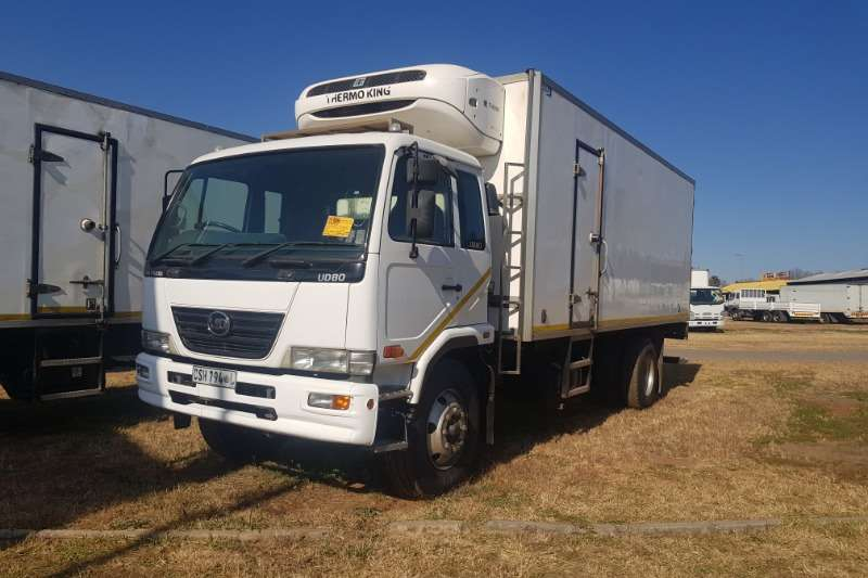 Nissan Truck Fridge Truck UD80 (Thermoking T-600R) 2013