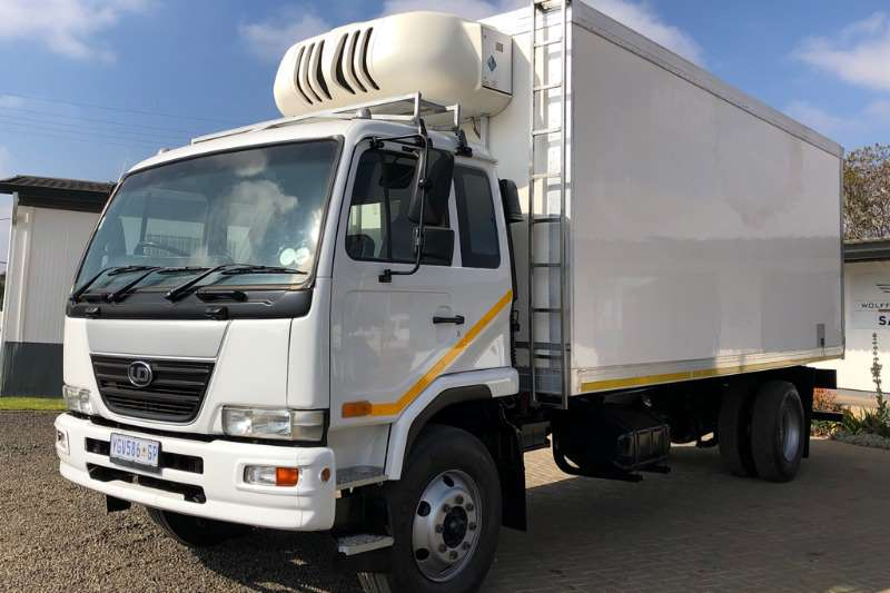Nissan Truck Fridge truck UD90 fitted with Insulated Fridge Body 2009