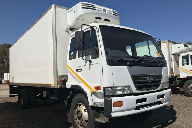 Nissan Truck Fridge truck UD90 Fridge Thermoking MD200 2007
