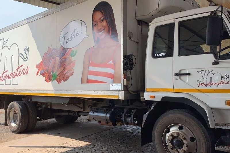 Nissan Insulated fridge unit UD90 Truck